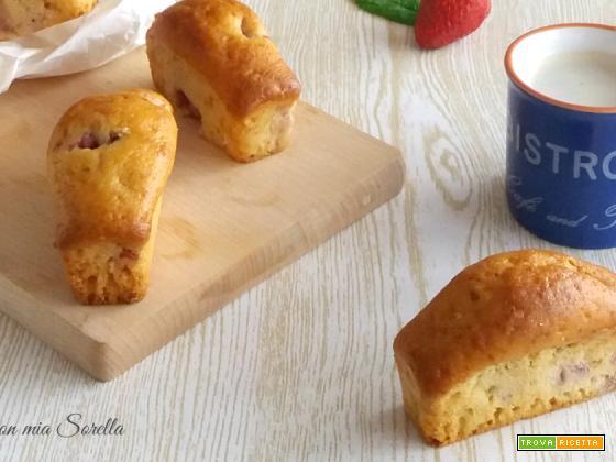 Plumcake alle fragole e yogurt monoporzione – dolce senza burro