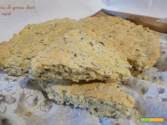 Focaccia di grano duro e semi misti