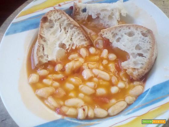 """Zuppa di fagioli freschi o """"e spullucarielle"""""""