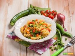 Fusilli con mix di verdure primavera: un primo piatto super gustoso!