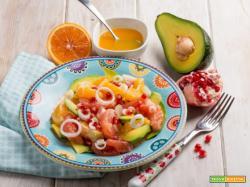 Insalata di pompelmo con avocado e melagrana : energia e vitamine