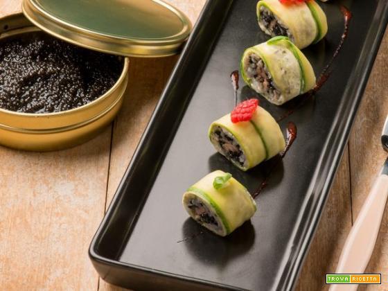 Sushi di caviale, tonno e zucchine: una delizia dal sapore intenso!