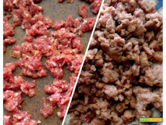Frittatine di zucchine e salsiccia vestite da muffin