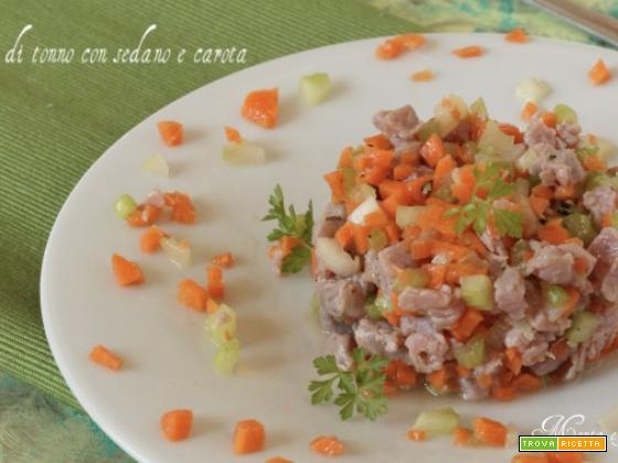 Tartare di tonno con sedano e carota