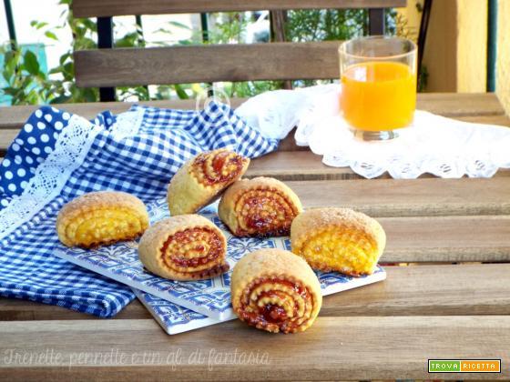 Girelle biscotto con marmellata