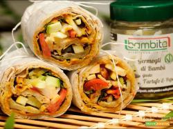 Wrap con Germogli di Bambù, hummus e verdure dell'orto