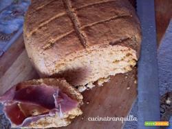 Pane con farina di polenta