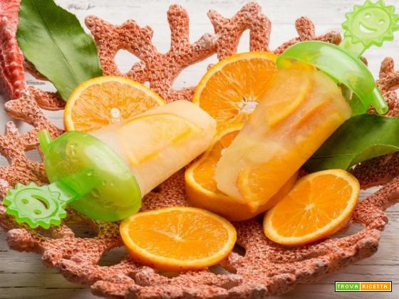 Una sfiziosa bontà estiva: i ghiaccioli all'arancia