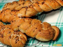 Trecce di pane alla farina di segale e T1