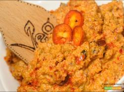 Pesto rosso di Jalapeno e Mini bell leggermente piccante