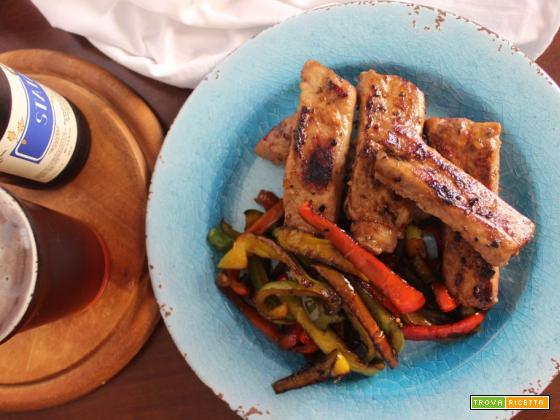 Costine di maiale al forno con sciroppo d'acero e peperoni