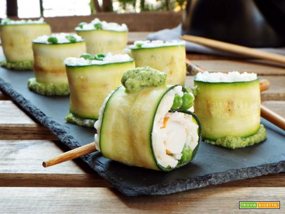 Sushi di zucchine e polpa di granchio