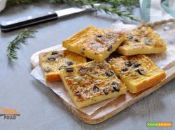 Farinata di ceci con olive e rosmarino