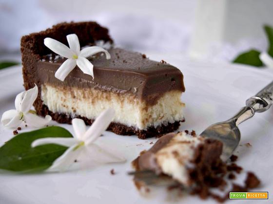 Crostata senza cottura al cocco e cioccolato