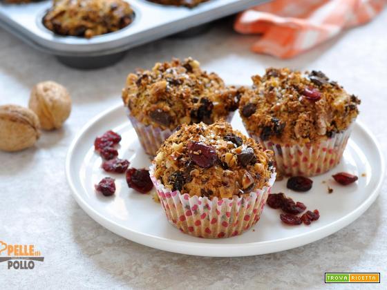 Muffin al cocco con cioccolato e frutta secca