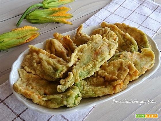 Fiori di zucca ripieni fritti golosi