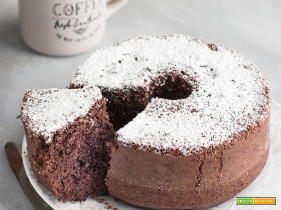 Chiffon cake al cioccolato sofficissima