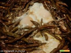 Fagiolini viola saltati con uovo e dragoncello…