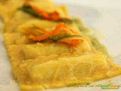 Ravioli di ricotta con crema di zucchine