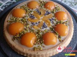 Crostata morbida con crema alla lavanda