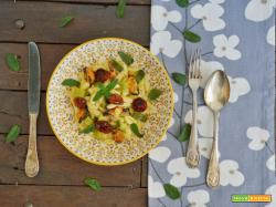 Cavatelli con zucchine, cozze e pomodori secchi