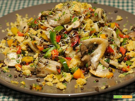 Quartetto di funghi e peperoni con lenticchie nere gluten free