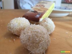 Cioccolatini tipo Raffaello con cocco – Dolci senza Cottura