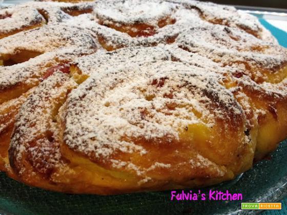 Ricetta Torta di Rose con Crema Pasticciera e Fragole di Fulvia