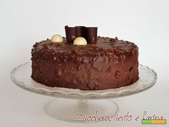 Torta bavarese con glassa rocher