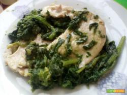 Scaloppe di maiale con i broccoletti
