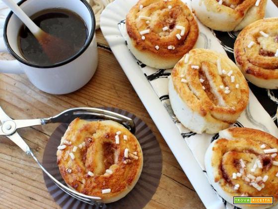 Cinnamon roll, la ricetta dolce che delizia il palato