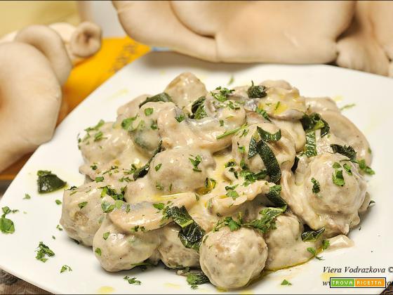 Palline di patate e teff con Pleurotus e Champignon gluten free