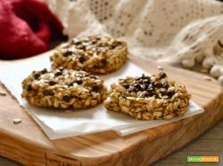 Biscotti all'avena e banana (e gocce di cioccolato)