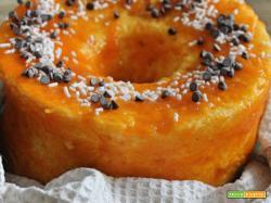 Chiffon cake con marmellata di albicocche e gocce di cioccolato