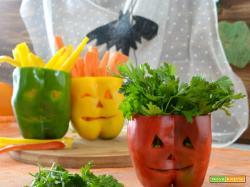 Peperoni intagliati di Halloween