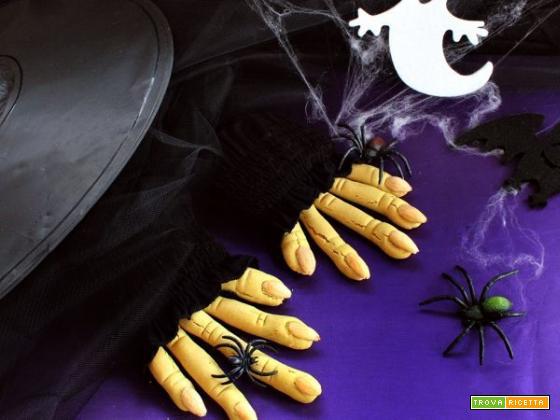Una ricetta buona da far paura? Quella delle dita di strega!