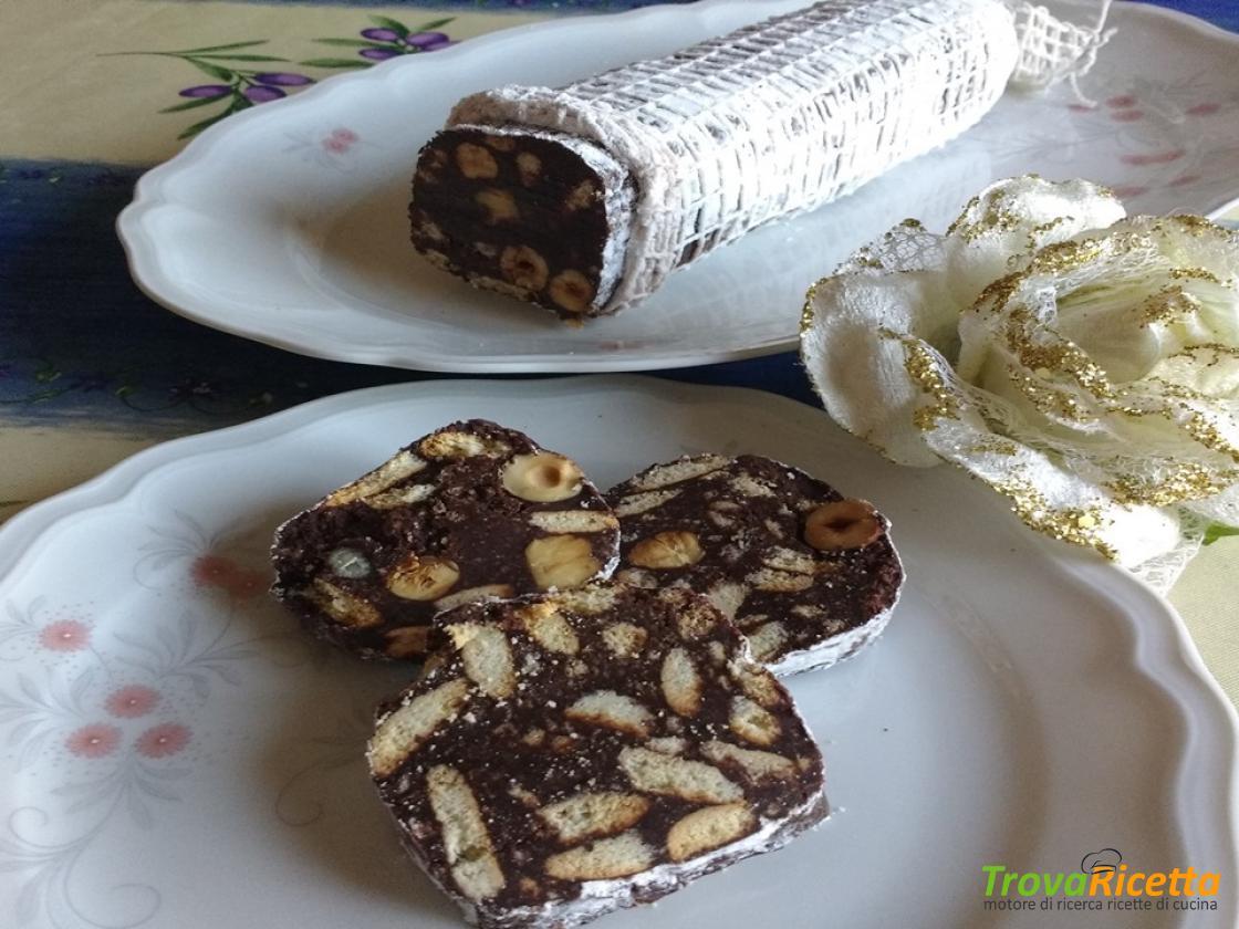 Ricetta Salame Al Cioccolato Proteico.Salame Al Cioccolato Fondente Senza Uova Ricetta Trovaricetta Com