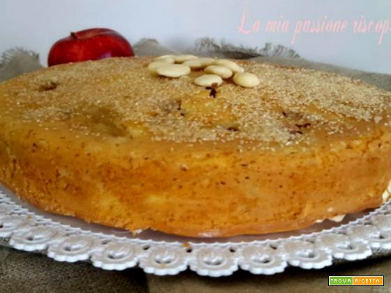 Torta di mele e mandorle bianche