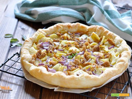 Torta salata con tonno patate e cipolla