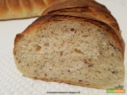 Pane con semola rimacinata di grano duro e semi di lino
