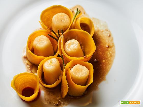 gnocchi di zucca con zucca marinata e riduzione al balsamico