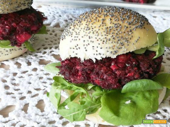 Burger di rapa rossa e feta greca