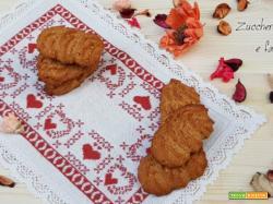 Biscotti alle nocciole senza zucchero con farina di farro