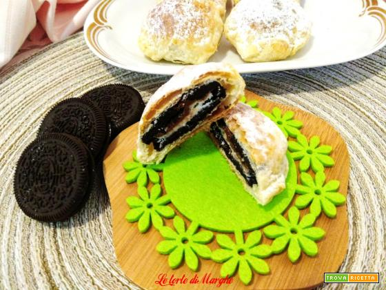Fagottini di sfoglia con biscotti oreo