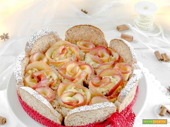 Torta di rose al burro con crema pasticcera alla vaniglia