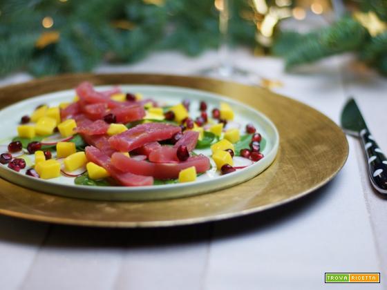 Antipasto di sashimi di tonno per le feste