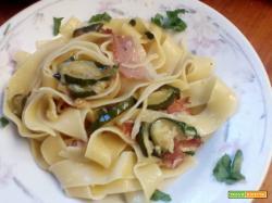 Pappardelle speck e zucchine