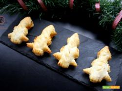 Alberi di sfoglia ripieni di zucca e gorgonzola cotti con la friggitrice ad aria