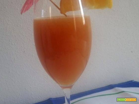 cocktail di frutta analcolico