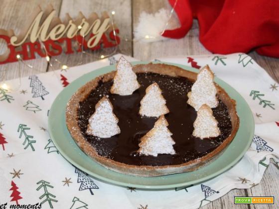 Crostata sacher natalizia